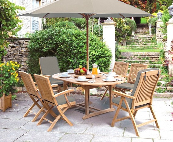 Oxburgh Single Leaf Extending Table and 6 Cannes Recliners & Armchairs